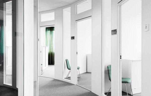 FLEX WOODLINE är en dekorativ vägglösning som uppfyller brand- och ljudkrav. Vårt modulära väggsystem gör att du kan skapa vägglösningar på det sätt du vill
