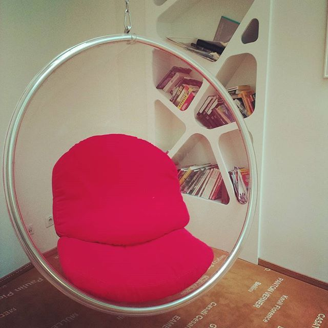 #Hang in there, #baby! Have a moment of #relax in the #bubblechair in our #lobby. #bubble #chair #designfurniture #design #vintage #retro #bookshelves #books #bookworm #instabook #booklover #comfort #hotelsax #Prague #czechrepublic #praguehotels