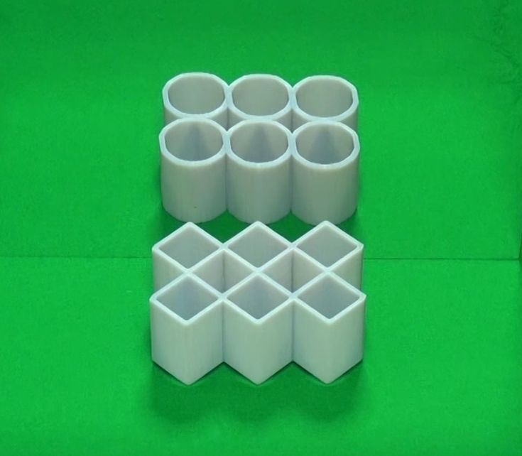 The Ambiguous Cylinder Illusion.