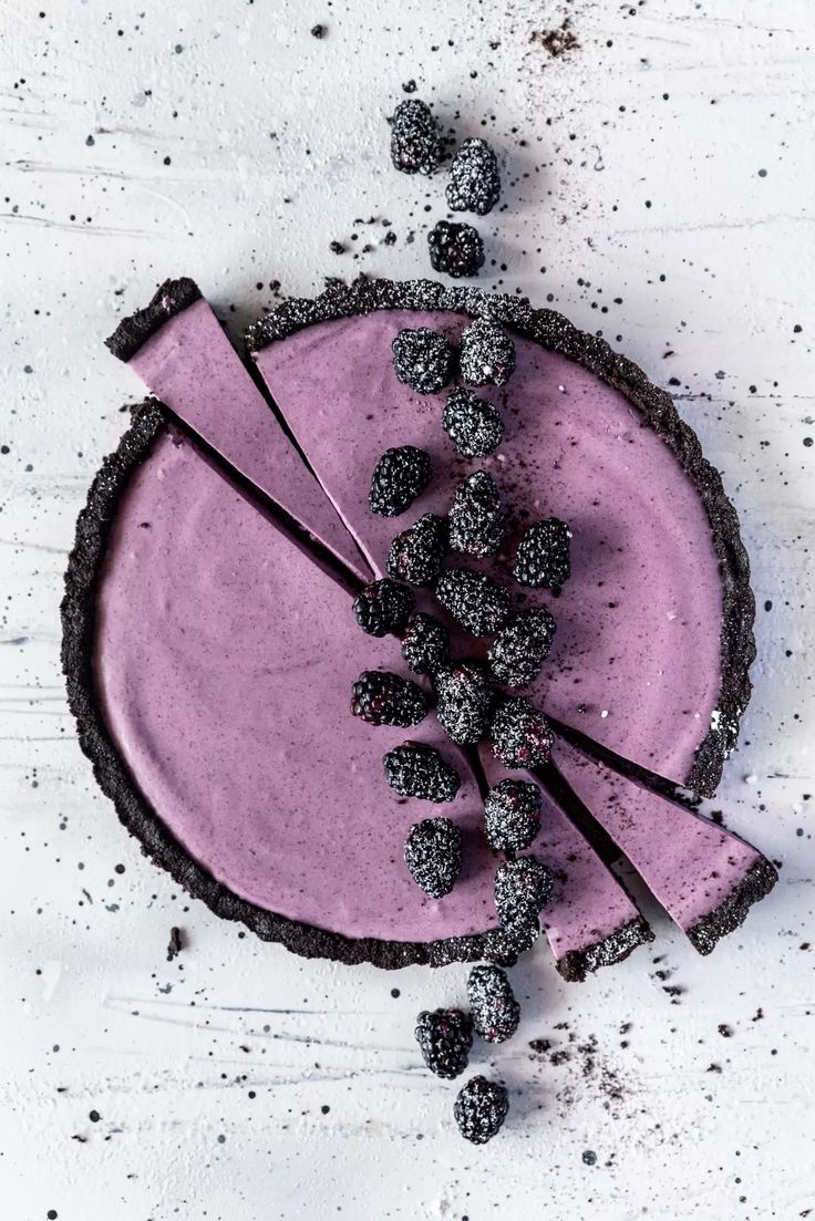 Einfach No Bake Blackberry Tart