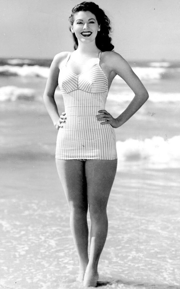 Ava Gardner, one of the most beautiful women in history, didn't have a thigh gap. Why would you want one?
