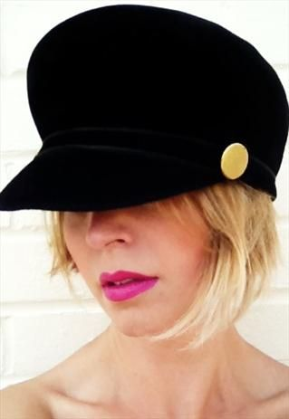 1980s Black Velvet & Gold Button Cap