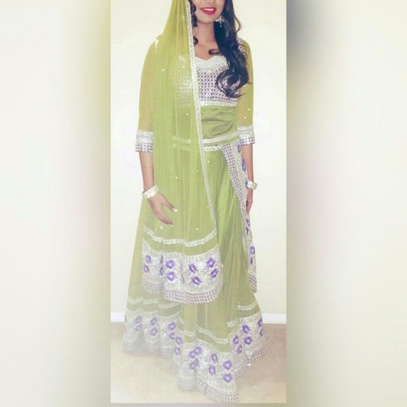Gorgeous green Indian lehenga Beautiful green indian lehenga. Great to wear on mehendi Dresses Maxi