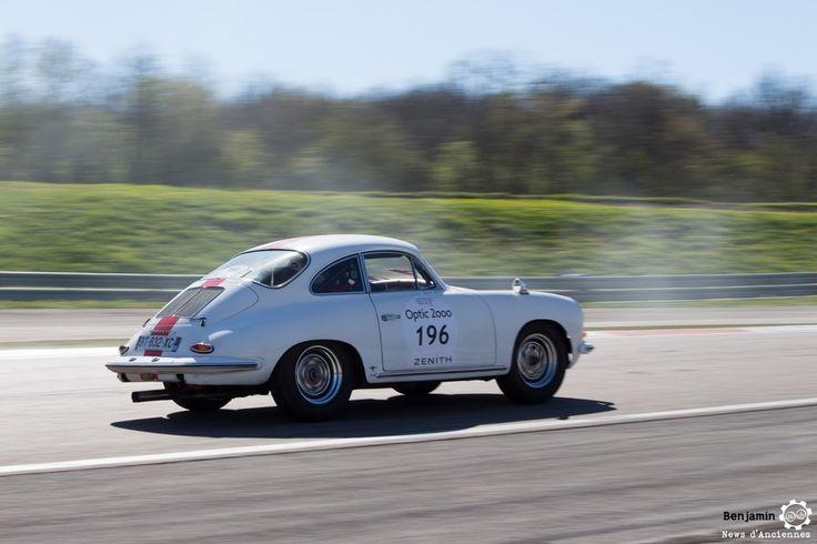 #Porsche #356 sur le #TourAuto2016 à #Dijon_Prenois. Reportage : http://newsdanciennes.com/2016/04/20/tour-auto-2016de-passage-a-dijon-prenois-on-y-etait/ #ClassicCar #VoituresAnciennes #VintageCar #MoteuràSouvenirs