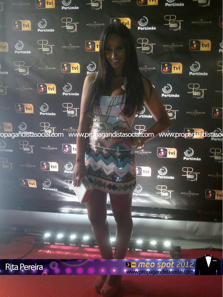 Rita Pereira. Todas as fotos em: http://propagandistasocial.com/festaveraotvi2012
