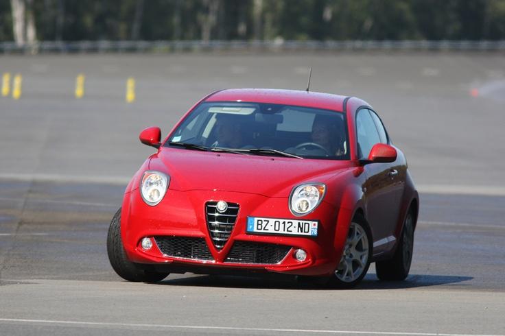 Alfa Romeo Experience Days > un week-end exceptionnel sur le circuit de Mortefontaine : http://www.alfaromeoexperiencedays.fr/