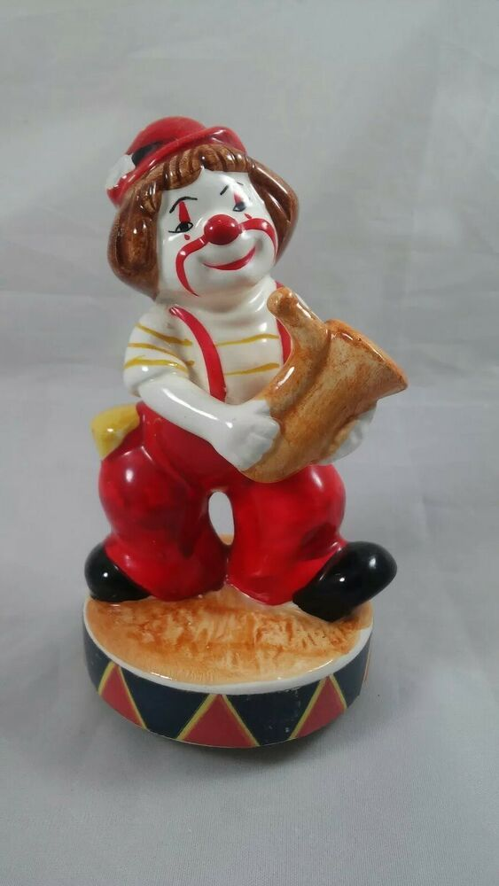 Musical Clown Saxophone Figurine Porcelain Unmarked 5