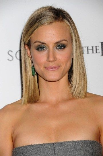 "Actress Taylor Schilling was sporting a new look at the screening of her movie, The Lucky One at the Crosby Street Hotel in New York City last week. John Frieda International Creative Consultant, Harry Josh wanted to give Taylor a sleek, straight, and simple look. THE INSPIRATION: ""Taylor was ready for a new look and [...]"