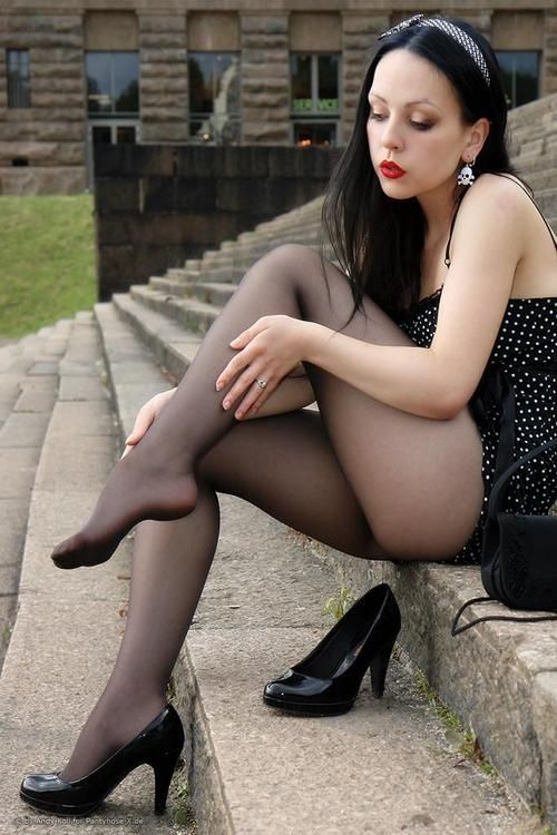 100 Panty - panty and upskirt girl galleries