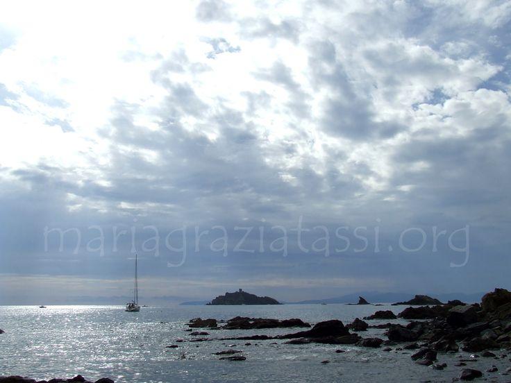 seaside, sailing, Isolotto della Troia, Castiglione della Pescaia, Maremma, Tuscany, Italy.