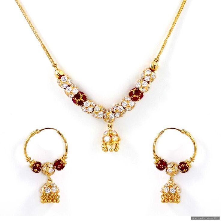 22ct Indian Gold Pendant Set: 22ct Indian Gold Necklace Set (1)