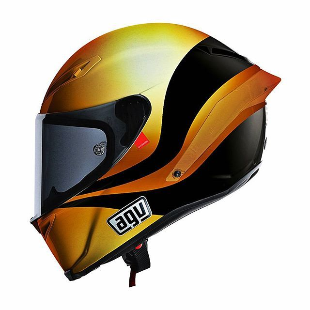 Gold and black. Kinda like the '71 Arrows F1. The base model for this helmet is the AGV Corsa/Pista. For any inquiries or custom works contact hellocousteau@gmail.com ✊⛵ #helmets #design #agvhelmets #daineseofficial #ducatimotor #agv #agvrider #helmetdesign #helmetracing #motogp #moto #motorcycle #yamahamotorusa #ducatilife #ducati_official #officialtriumph #f1 #formula1 #superbike #24heuresdumans #worldsbk #love #instagood #happy #follow #fashion