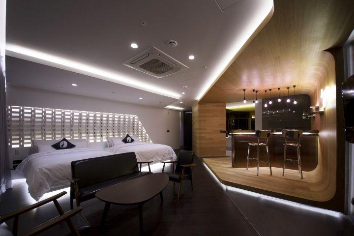 Best 25  Modern Hotel Room Ideas On Pinterest