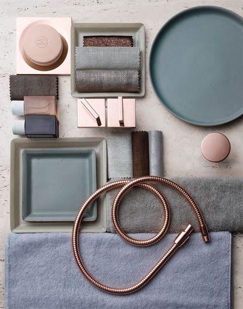 Sofisticato mix di colori per il bagno. Sophisticated colours mix for the bathroom. Styling: Winnie Placzko Fotografia / Photography: Stephan Abry for Dornbracht https://www.dornbracht.com/it-it/ #vemrosa #vemgrigio #vemrame
