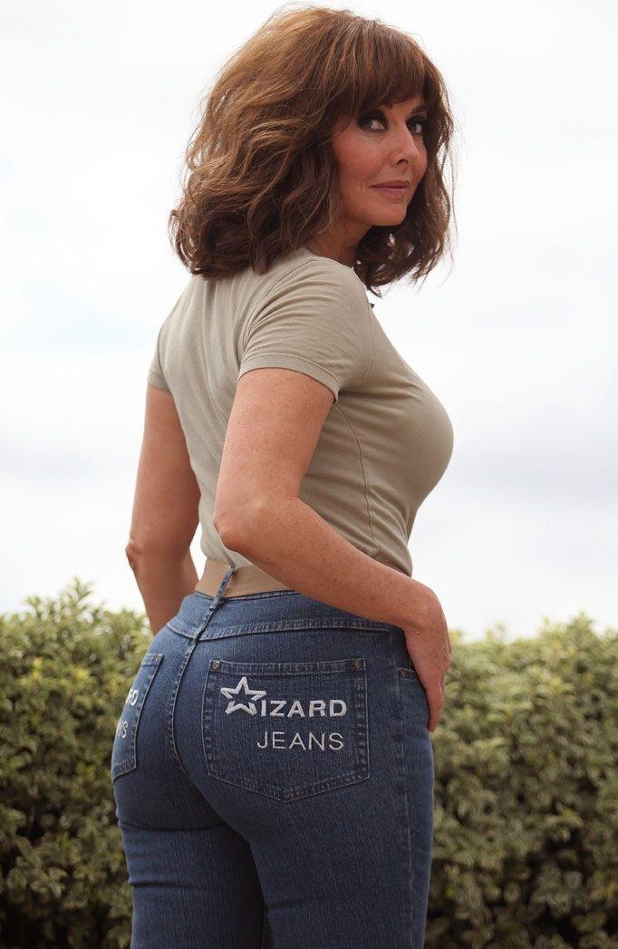 sexy-milf-jeans