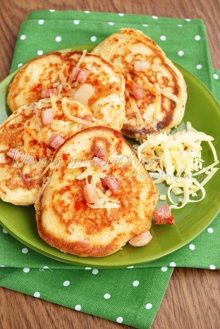Pancakes z bekonem i serem