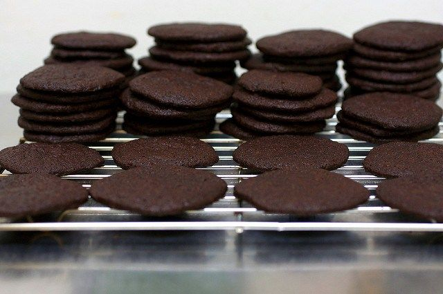 chocolate wafers- smitten kitchen (great for cheesecake crusts)