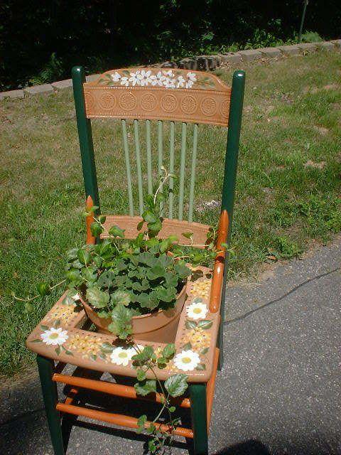 trash to treasure outdoor trash to treasure crafts and decorations forum gardenweb decor. Black Bedroom Furniture Sets. Home Design Ideas