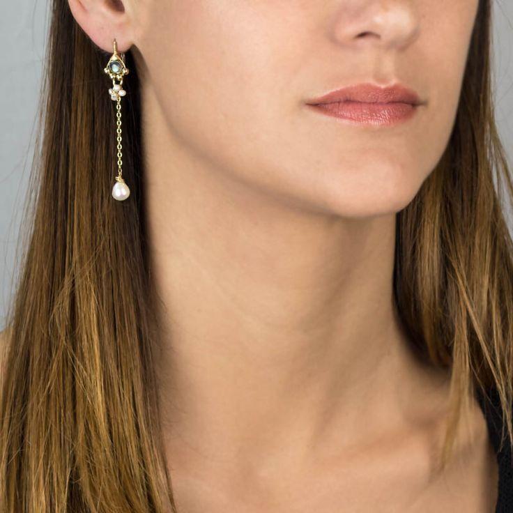 Edelsteen oorbellen, lange Dangle Earrings, labradoriet parel oorbellen, bruiloft oorbellen, bruids juwelen door yifatbareket op Etsy https://www.etsy.com/nl/listing/185613810/edelsteen-oorbellen-lange-dangle