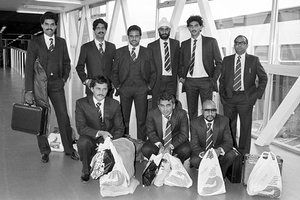 Members of the India cricket team and their duty free arrive at Heathrow for the 1983 World Cup. Back row, from left: Dilip Vengsarkar, Krishnamachari Srikkanth, Yashpal Sharma, Balwinder Sandhu, Ravi Shastri, and manager Man Singh. Front row, from left: Roger Binny, Sunil Gavaskar and wicketkeeper Syed Kirmani