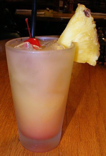 APPLEBEE'S BAHAMA MAMA: 1oz rum, 1/2 Banana Liquor, 1/2 Malibu, 2oz orange juice, 2oz pineapple juice, 1/4oz grenadine // Combine together and pour into a glass with ice and enjoy. by Colcolk
