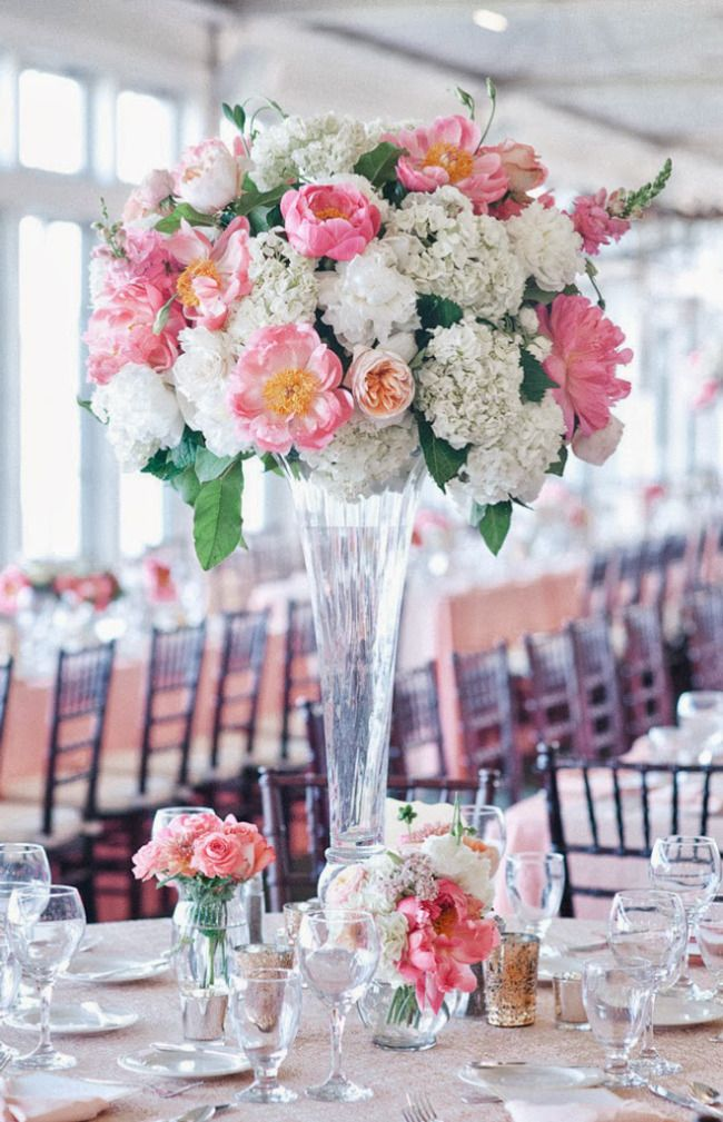 Eye-Catching Wedding Centerpiece Ideas