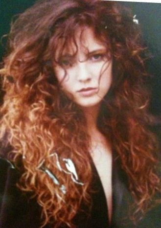 Erin Everly. My ideal hair. The length, the curl, the volume.