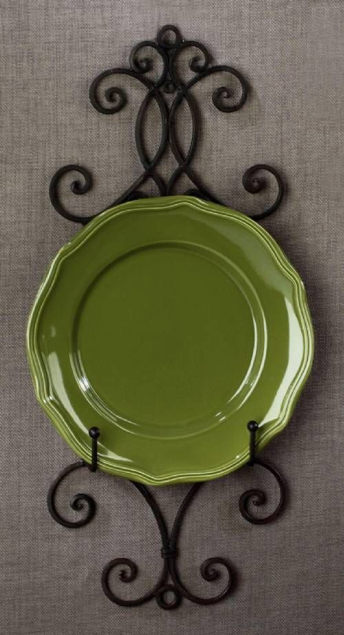 One of our newer plate racks, the Chelsea would display a book, photo, tile or plate beautifully.