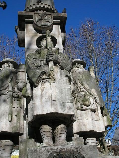 ---- Estátua ao soldado desconhecido da I Guerra Mundial