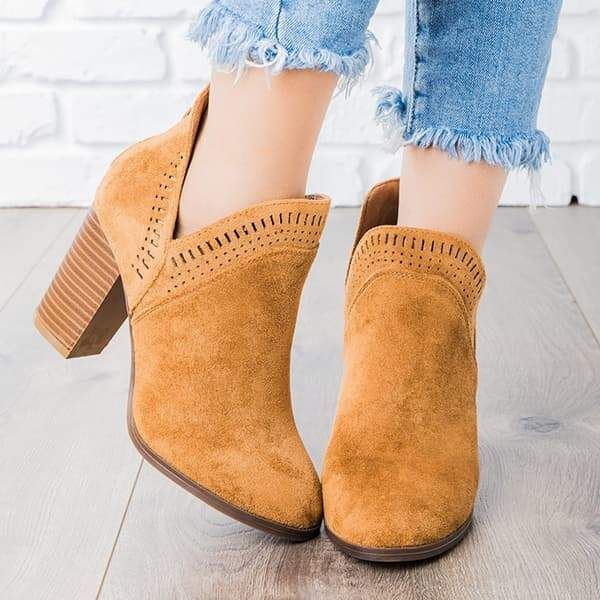 f7b0e85677a5 ... Booties 2018 fall winter trends Cowgirl ankle boots cute riding low  heels zipper boots #boots #shoes #fall #falloutfits #winter #winteroutfits # women ...