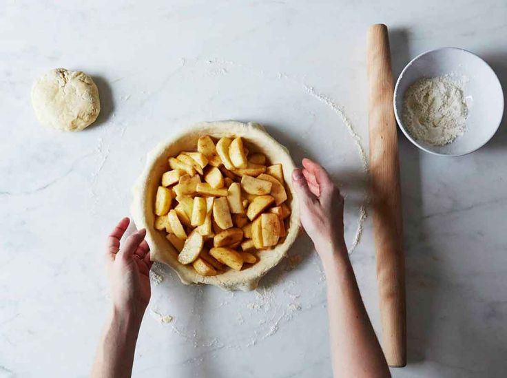 <p>Don't fear pie making! We have expert advice that'll have you so confident you'll want to host a pie swap party at your house this holiday season. Here's how.<br> </p> - Visit PaneraBread.com for more inspiration.