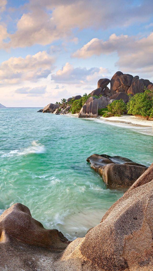 Iphone 11 Wallpaper Beach Pirate Beach Landscape Wallpaper Background Wallpaper Background Ipho In 2020 Beautiful Live Wallpaper Beach Landscape Breathtaking Places