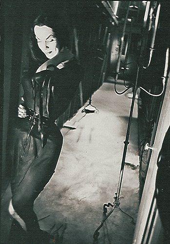 Vampira in a hallway.