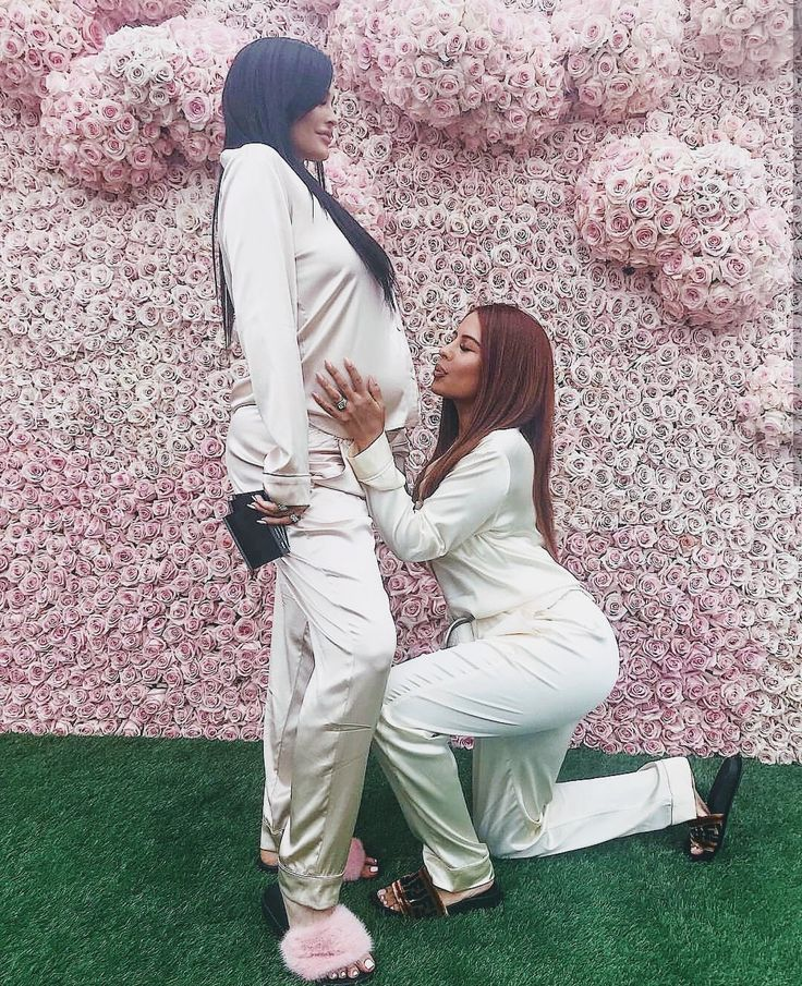 Kylie Jenner Pregnant Pinterest: agathaasouza