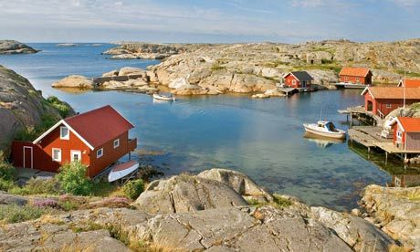 Ideal early-fall travel: small hamlets in Scandanavia