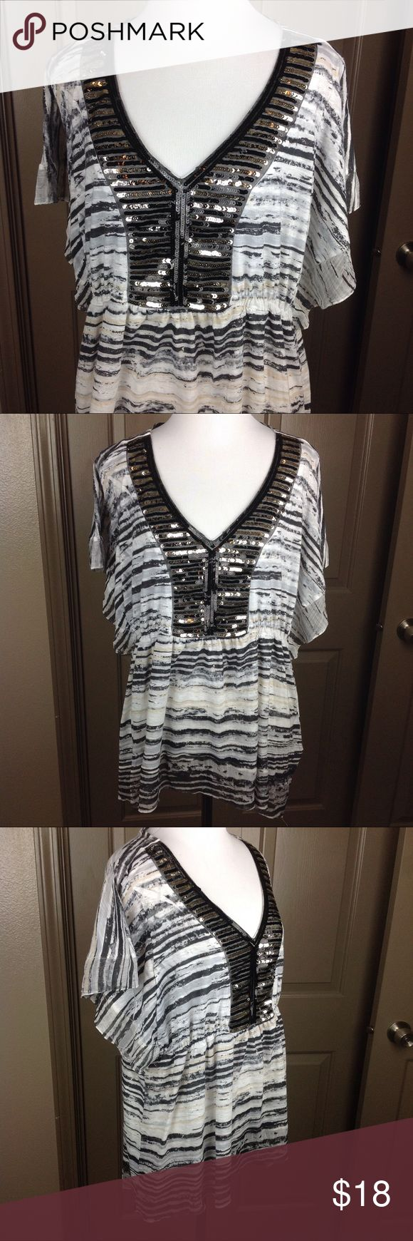 Unity World Wear Top 1X Batwing Stripey Sequined Great Condition Unity World Wear Top 1X Batwing short sleeve Striped grey/black with black/gold Sequins polyester 29 inch length approx 22 inch across bust Unity World Wear Tops Blouses