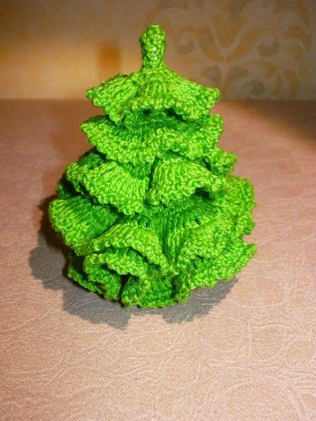 Украшаем интерьер: Новогодние елки своими руками