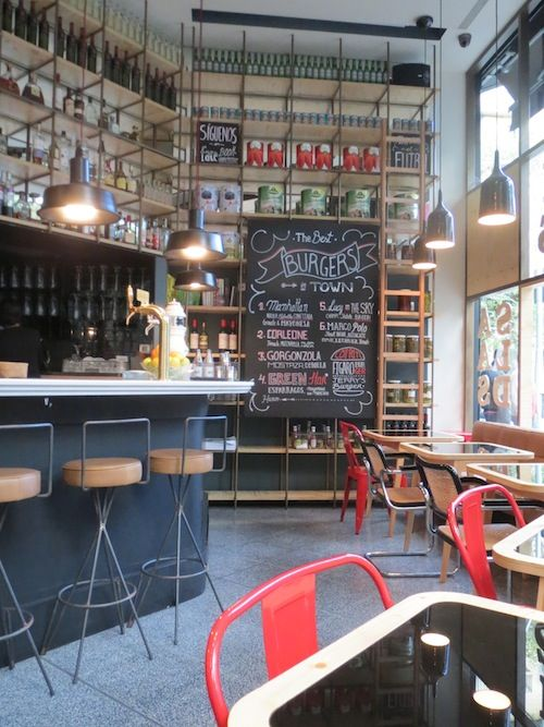 Fígaro, Barcelona. Drink bar