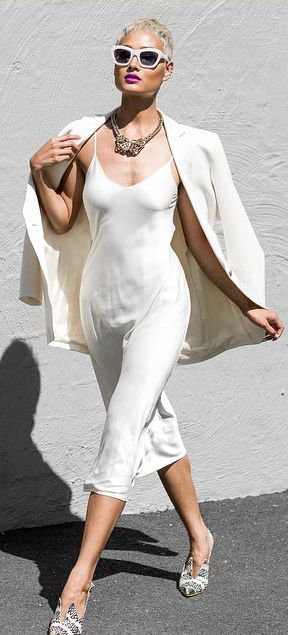 White on white Australian fashion blogger Micah Gianneli. Repin @oceanspirit99