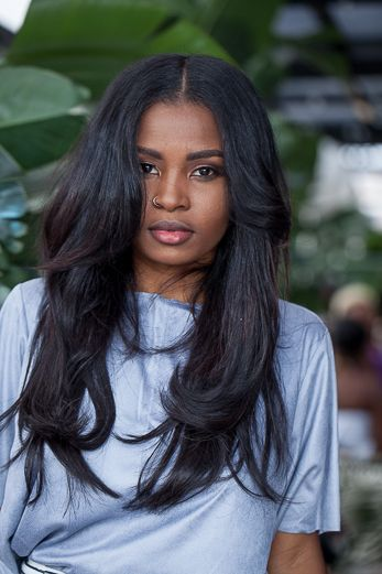 middle part hair styles best 25 middle part weave ideas only on 2314