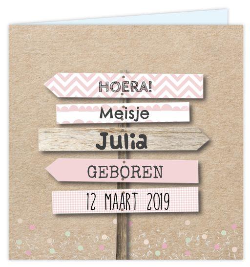 Geboortekaartje met kraftlook voor een meisje! Met roze patronen in de wegwijsborden van hout met losse speelse confetti. Alles staat los op dit kaartje en is aan te passen! Enveloppen zijn los bij te bestellen.