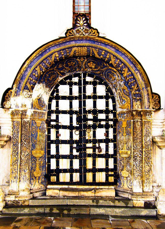 Church Door, Kremlin - Moscow (from #luisdehoyos at www.500px.com/dhclicks )