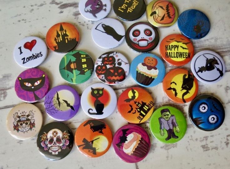 🎃  Oh WOW! One of our customers is super (duper) organised. Just made a bunch… – Cute Badges