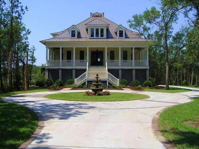 17 best ideas about plantation homes for sale on for Old southern plantation homes for sale