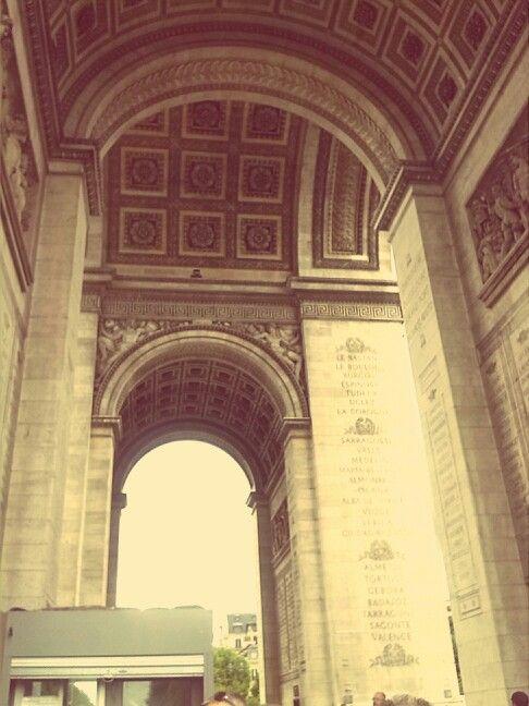 Day four: uder the arc ... :) #arcdetriomphe #ParisByDay