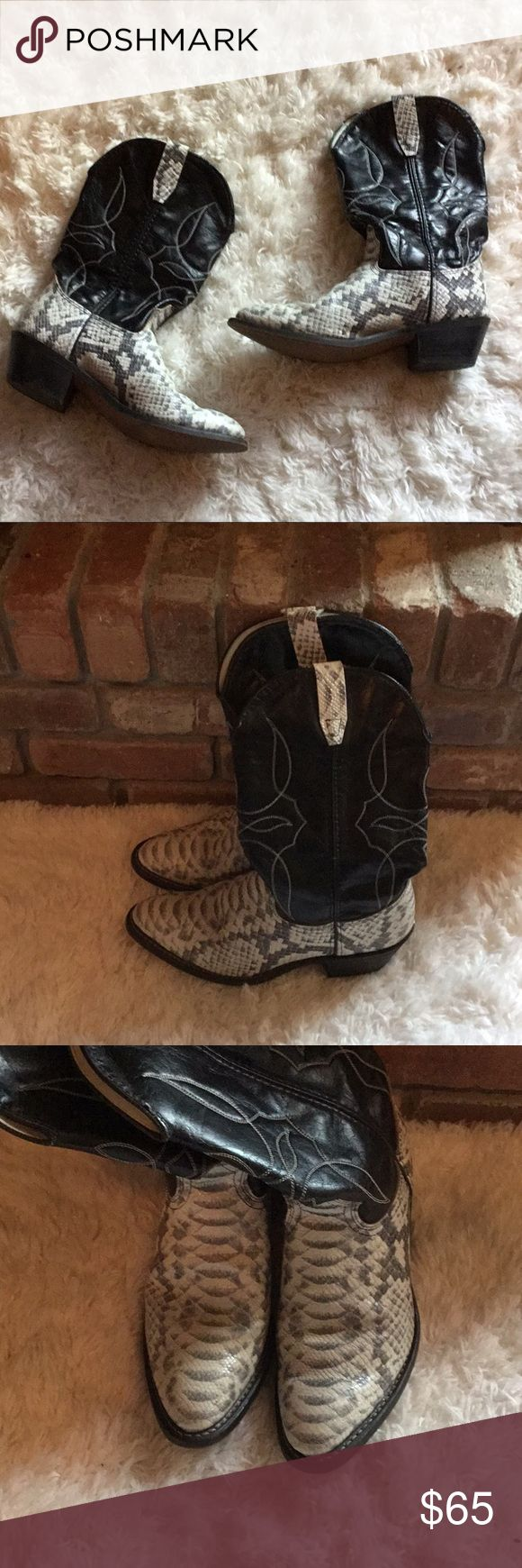 Durango Snakeskin Cowboy Boots Pre-owned with love no flaws Durango Shoes Cowboy & Western Boots