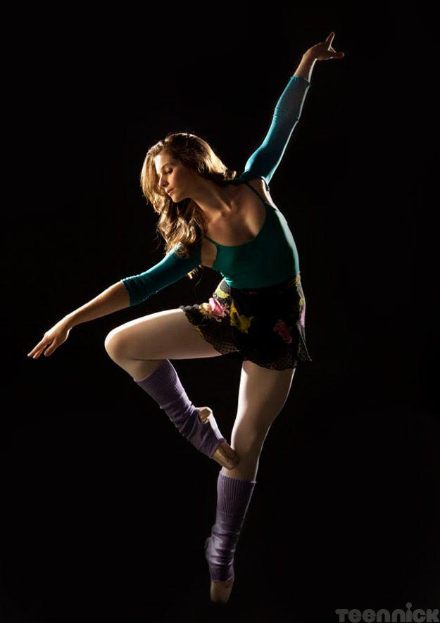 Tara (Xenia Goodwin) from Dance Academy