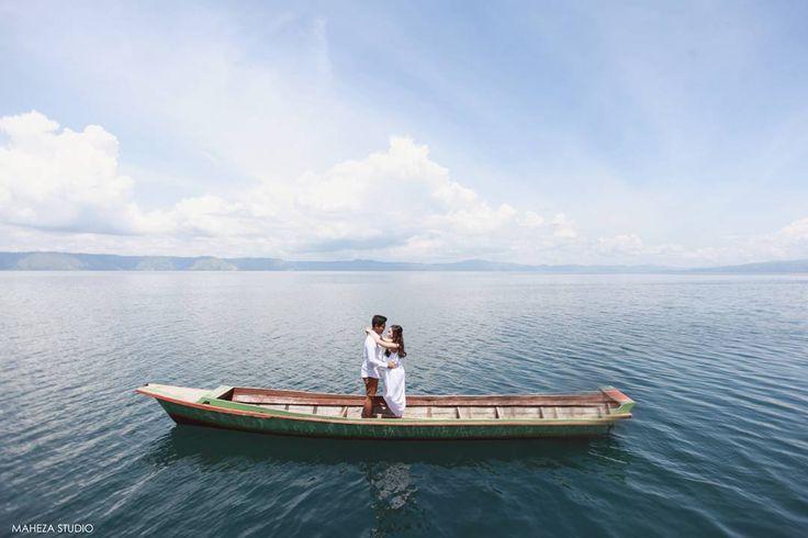 📸 taken by Maheza Studio @mahezastudio (IG) Sakti @saktijoromian & Nadya @nadyaanggy Prewedding ❤️️ 📍 Indonesia-Silalahi Nabolak