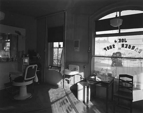 Joe?s Barber Shop, Paterson, New Jersey, 1970 George Tice