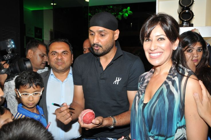 Mr. Biren Vaidya, Harbhajan Singh and Ms Maheka Mirpuri at the event hosted by Hublot and Rose- The Watch Bar